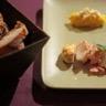 Filet de lotte laqué orange et moutarde Amora écrasée de choux-fleur aux épices