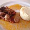 Filet mignon de porc au vin rouge chorizo et aux pruneaux