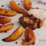 Foie gras poêlé à l'émulsion de pommes épicées et pommes roties