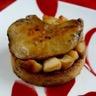 Foie gras sur crumble pain d'épices et lit de pommes