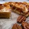Galette des rois pommes caramel au beurre salé & noix de pécan