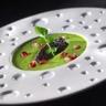 Gaspacho de cresson et tapenade d'olives noires