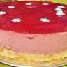 Gâteau à la mousse de fraise et son biscuit