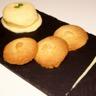 Glace à la cardamome et ses petits gâteaux au beurre parfumés à la fleur d'oranger