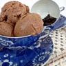 Glace au chocolat et fèves tonka