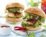 Hamburger au poulet betterave crue et agrumes