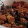 Haricots blancs et cochon sauce à la mélasse moutarde et fines herbes