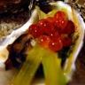 Huîtres farcies julienne de poireau et oeufs de saumon