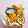 Légumes en tempura au curcuma sauce yaourt-menthe