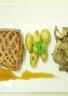 Magret farci au foie gras sauce aigre douce épicée rattes rôties