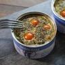 Mini-flans au thon et tomates cerise dans leurs boites