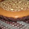 Mousse au chocolat sur son lit sablé au cacao