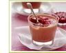Mousses au chocolat au lait au coulis de framboises