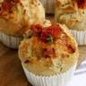 Muffins-Pizza aux tomates séchées mozzarella et pesto