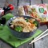Nouilles sautées aux légumes et au tofu fumé