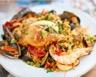 Paella mixte (poulet langoustines moules)