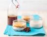 Petites crèmes de riz aux épices et sirop caramel au beurre salé