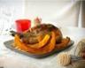 Pintade et potimarron rôtis à la poudre de pain d'épices