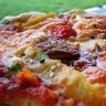 Pizza exotique au poulet grillé
