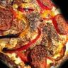 Pizza 'la chèvre voit rouge'