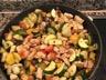 Poêlée mijotée de poulet aux légumes