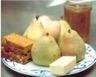 Poires farcies au pain d'épices et sa crème anglaise à la chicorée liquide