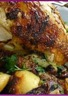 Poulet rôti à la broche et pommes à la Salardaise sauce nougat