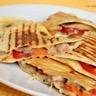 Quesadillas aux sardines tomates et mozzarella