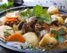 Ragoût d'agneau et pommes de terre en cocotte