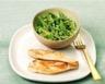 Ramequin de légumes verts au curry glace coco et poulet grillé