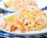 Riz sauté aux crevettes à l'ananas