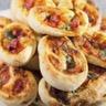 Roulés feuilletés au jambon au fromage et figues