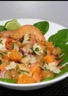 Salade asiatique de pétoncles crabe et gambas à la papaye et à l