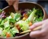 Salade au concombre carottes et pamplemousse minceur