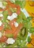 Salade au kiwi et saumon fumé
