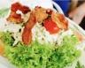 Salade aux lardons à la crème