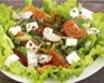 Salade aux tomates carottes et fromage allégé