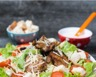 Salade César au poulet grillé économique en 10 min