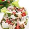 Salade César aux aiguillettes de poulet grillé