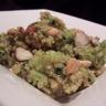 Salade chaude de quinoa aux brocolis chorizo et deux noix