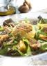 Salade chèvre chaud : crottin de chèvre melon et figues