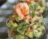 Salade d'avocats aux crevettes et aux pétoncles
