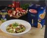 Salade de fusilli tomates séchées mozzarella coppa et pesto