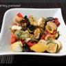 Salade de légumes grillés et poulet caramélisé à la moutarde