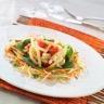 Salade de légumes macaronis et vinaigrette à la chicorée