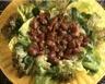 Salade de mâche aux gésiers de canard et noisettes