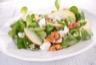 Salade de mâche aux pommes feta et noix