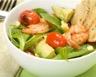 Salade de mâche avocat champignons et crevettes roses