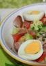 Salade de pommes de terre franc-comtoise à la saucisse de Morteau et au comté