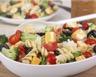 Salade de torti brocoli olives noires et comté au jus de betterave